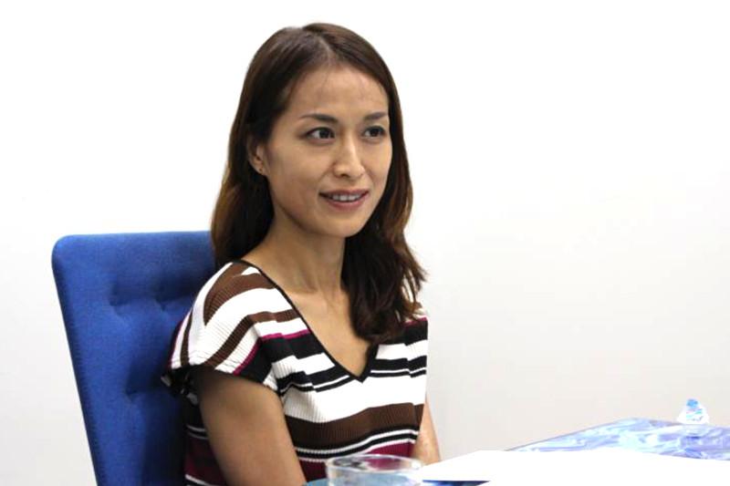 レジェンヌコンセプトプロデューサーの梅田京さま