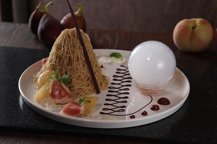 名古屋・和栗専門店「栗りん」のモンブラン「食べられるシャボン玉」って?ボリュームがあり贅沢な一品♡