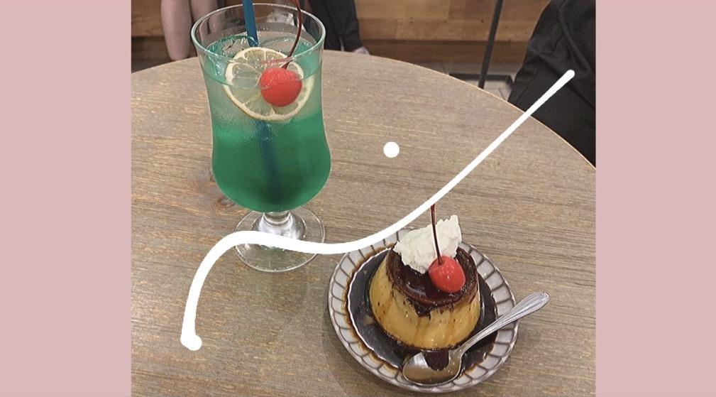 新宿の【4/4 SEASONS COFFEE(オールシーズンズコーヒー)】で、ふわふわクリームの固めプリンを堪能してきました♥