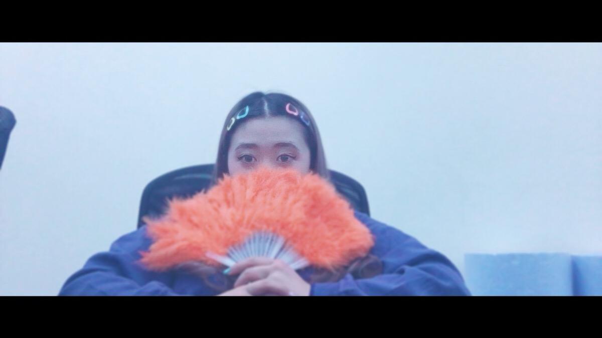 SNOWの「映画フィルター」で撮影したえりなっち