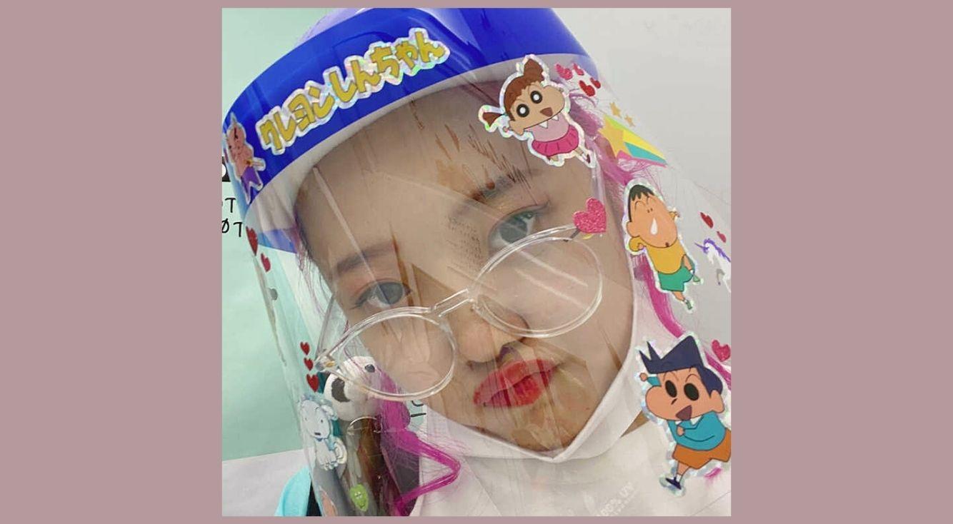 フェイスシールドデコレーションで可愛く感染予防♡材料、やり方、TikTok用の動画を撮るときのコツを紹介!