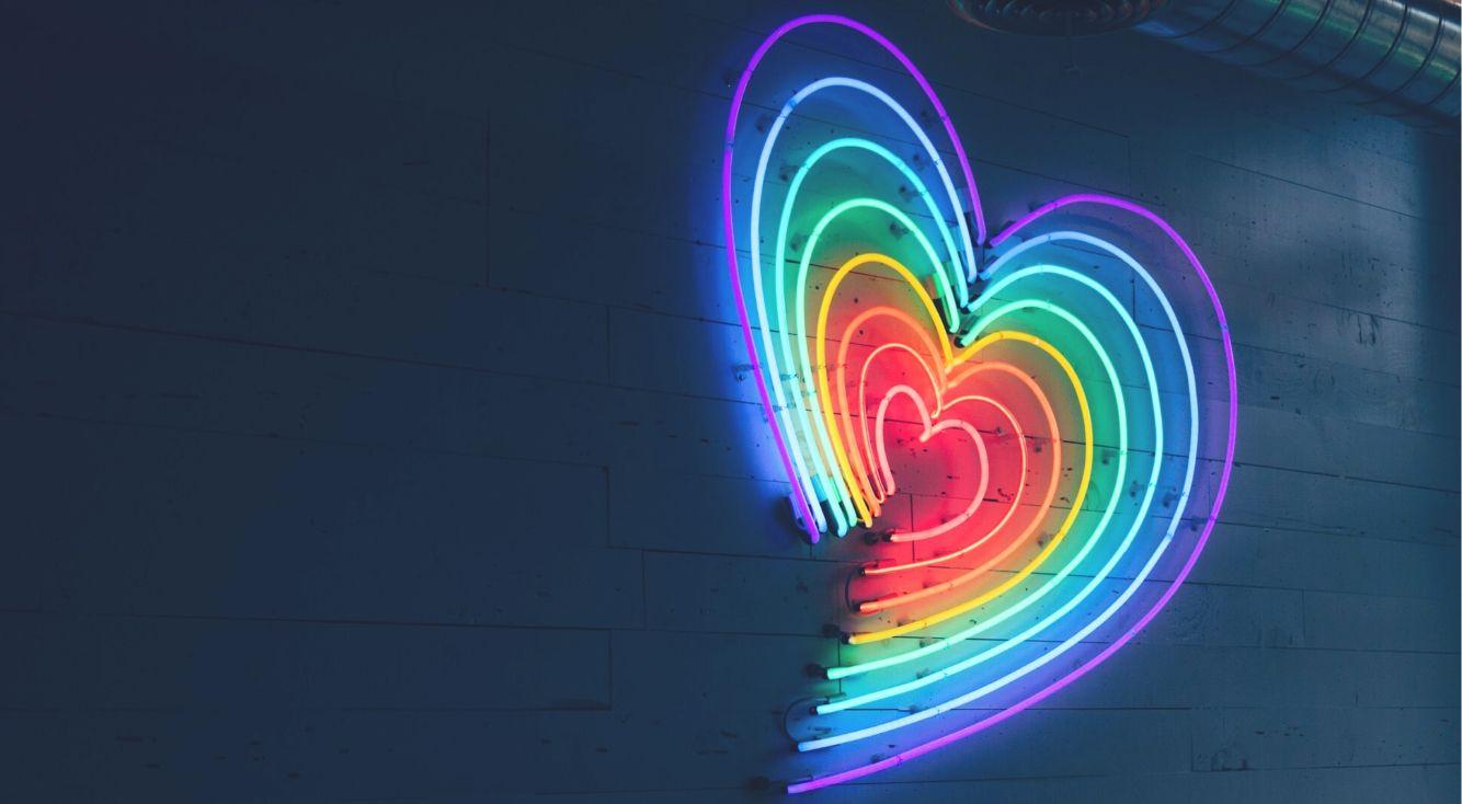 「Pride month」ハッシュタグをつけるとインスタストーリーのアイコンが虹色(レインボー)に♡【#instalove】