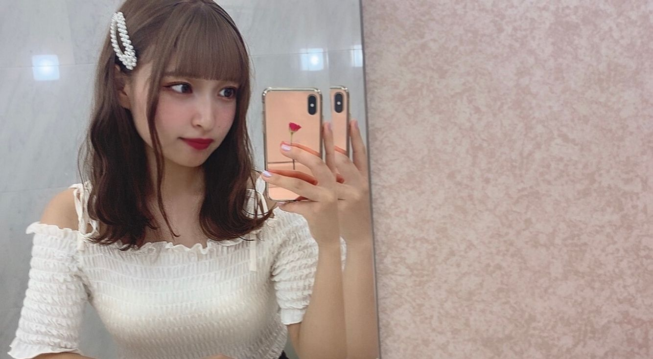 liliaがいつもやってる♥鏡を使っておしゃれに自撮りする方法